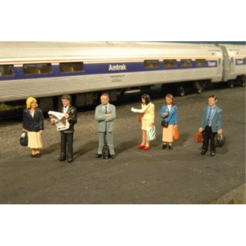Bachmann Industries Miniature O Scale Figures Standing Platform Passengers Train (6 Piece)