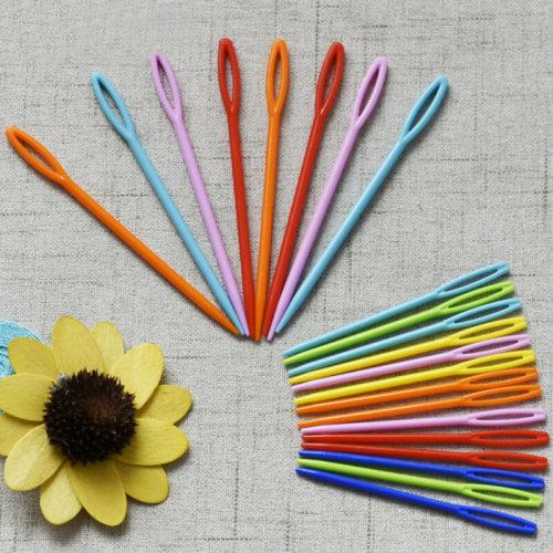 20 X Plastic Sewing Needles Children Needles Cross Stitch Knitting Darning Binca