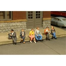 Bachmann Industries Miniature O Scale Figures Seated Platform Passengers Train(6 Piece)