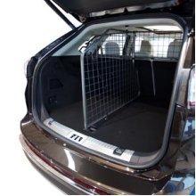 GuardsMan Dog Guard & Divider - Nissan Qashqai [no Panoramic] (2014-)