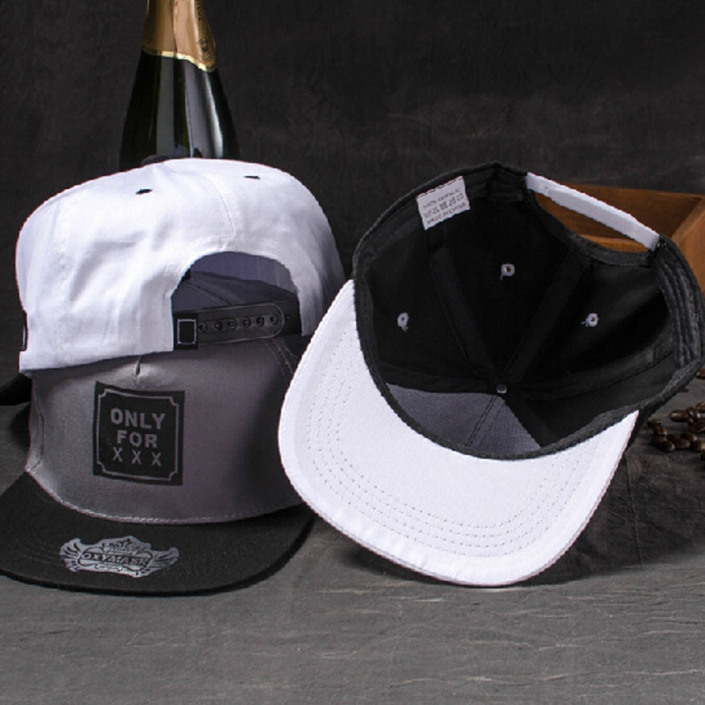Men/Women Peaked Caps Baseball Flexfit Caps Adjustable Summer Hats Stylish  Black